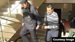 Павел Степанченко в здании суда