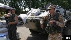 Славянск маңында жүрген украин әскері. Славянск, 29 мамыр 2014 жыл.