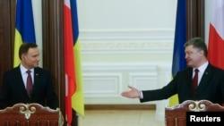 Президент Украины Петр Порошенко и президент Польши Анджей Дуда, 15 декабря, 2015 год