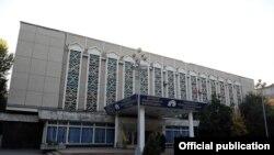 Главное здание ОТРК в Бишкеке.