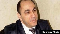 Adil Qeybulla, arxiv foto