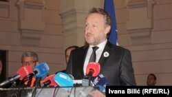 Bakir Izetbegovic, the Muslim Bosniak member of the Bosnia's tripartite presidency, said on February 17 that the legal bid would be submitted before the 10-year deadline for an appeal expired on February 26.