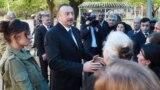 Prezident İlham Əliyev və birinci ledi Mehriban Əliyeva Tərtər, Ağdam və Bərdə rayonlarına səfər zamanı (Arxiv)