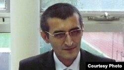 Савфат Бурҳонов