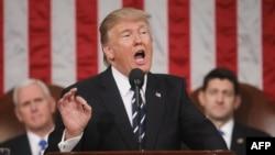 Tramp je izrazio nadu o bliskoj saradnji sa novoizabranim predsednikom Makronom