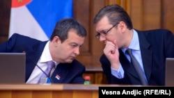 Ivica Dačić (L) i Aleksandar Vučić