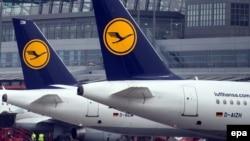Літаки в аеропорту Гамбурга, фото архівне