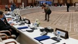 نشست سیاسیون افغان با نماینده های گروه طالبان در قطر. July 07, 2019