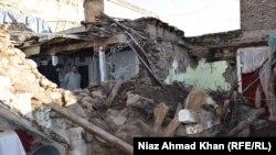 Пакистан -- Жер титирөөдөн кийин. Сват, 26-октябрь, 2015.