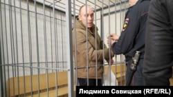 Артём Милушкин в зале суда