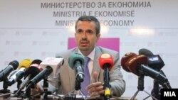 Министерот за економија, Беким Незири.