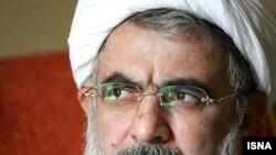 پلیس بین الملل علی فلاحیان، وزیر دفاع در دولت اکبر هاشمی رفسنجانی را درفهرست افراد تحت تعقیب قرار داده است
