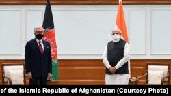 دیدار عبدالله عبدالله رئیس شورای عالی مصالحه ملی (چپ) با نریندرا مودی صدراعظم هند