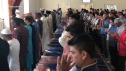 Мусульмане поминают усопших через приложение Zoom
