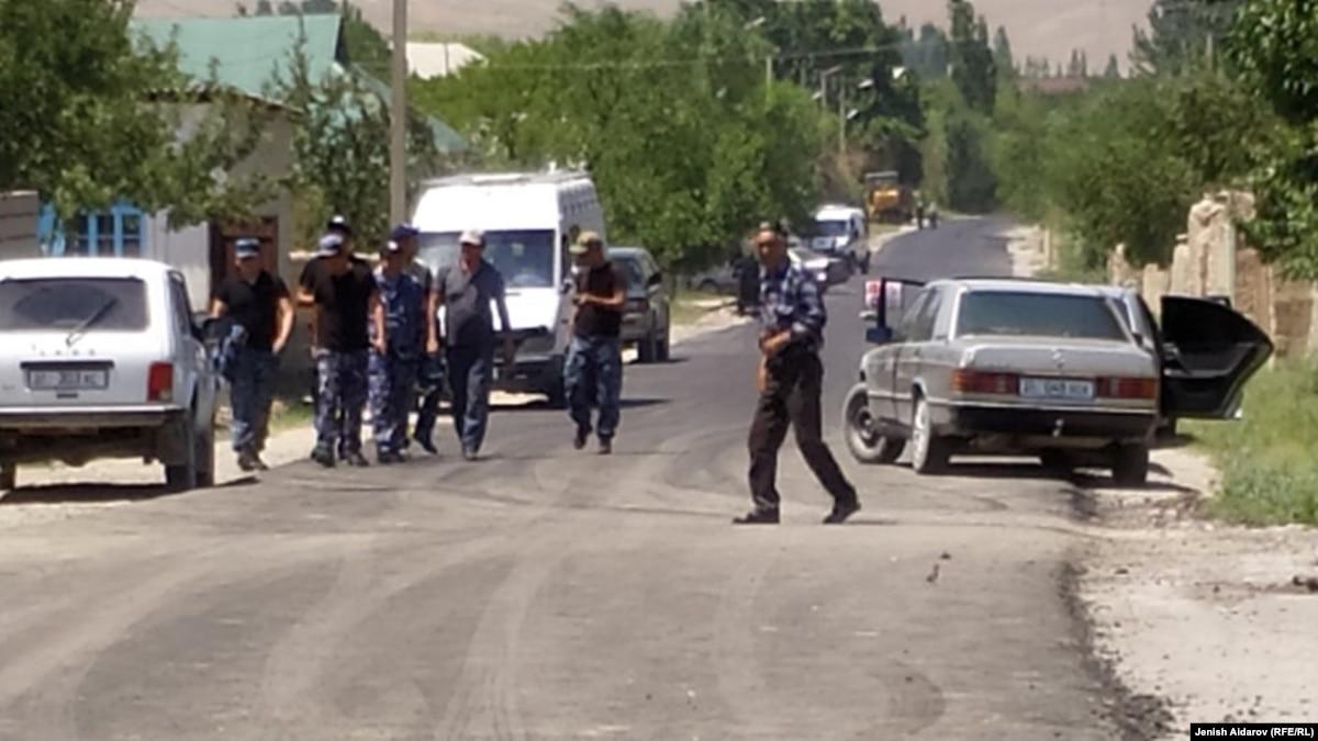 Стычки на границе Таджикистана и Кыргызстана: 27 человек ранены