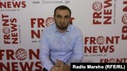 Сайхан Музаев, который в итоге 15 раз безуспешно пытался выехать за границу, утверждает, что его не выпускали из-за того, что он отказался давать ложные показания против бывших чиновников по делу о спецоперации в Лопотском ущелье Грузии