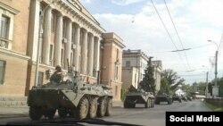 Нові сили російських військ входять у Крим, Керч, 7 серпня 2016 року