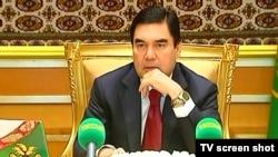 Türkmenistanyň prezidenti G.Berdimuhamedow hökümet maslahatynda.