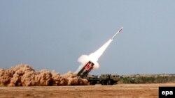 Пакистан Hatf IX (NASR) ракетасын сыноодон өткөрүүдө. 26-сентябрь, 2014-жыл.
