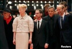 Tilda Swinton və George Clooney 66-cı Berlinale Film Festivalında, 11 fevral 2016.