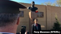 The advertisements appeared on local real estate websites in Novosibirsk just two days after a monument to Stalin was unveiled in the city.