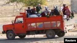 نازحون من كوباني