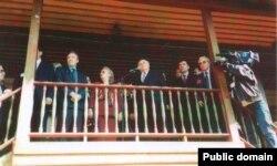 Сөләйман Демирель Бакчасарайдагы Хан сараенда, 1998 елның 23 мае