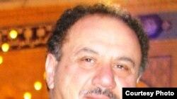 الإعلامي العراقي منصور السناطي