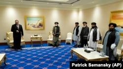 دیدار مایک پومپیو وزیر خارجه امریکا با نمایندگان سیاسی گروه طالبان در قطر