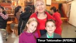 Толкун Минуяпийес балдары менен