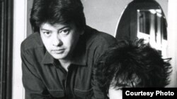Director Rashid Nugmanov (left) and the late Russian rock singer Viktor Tsoi