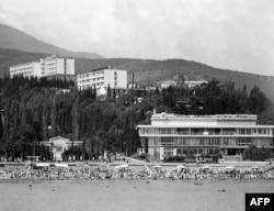 Многие россияне ностальгируют по крымским курортам времен СССР, с их стилем и уровнем сервиса