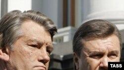 Трехчасовая субботняя встреча президента Виктора Ющенко и премьера Виктора Януковича не поставила точку в разрешении политического кризиса