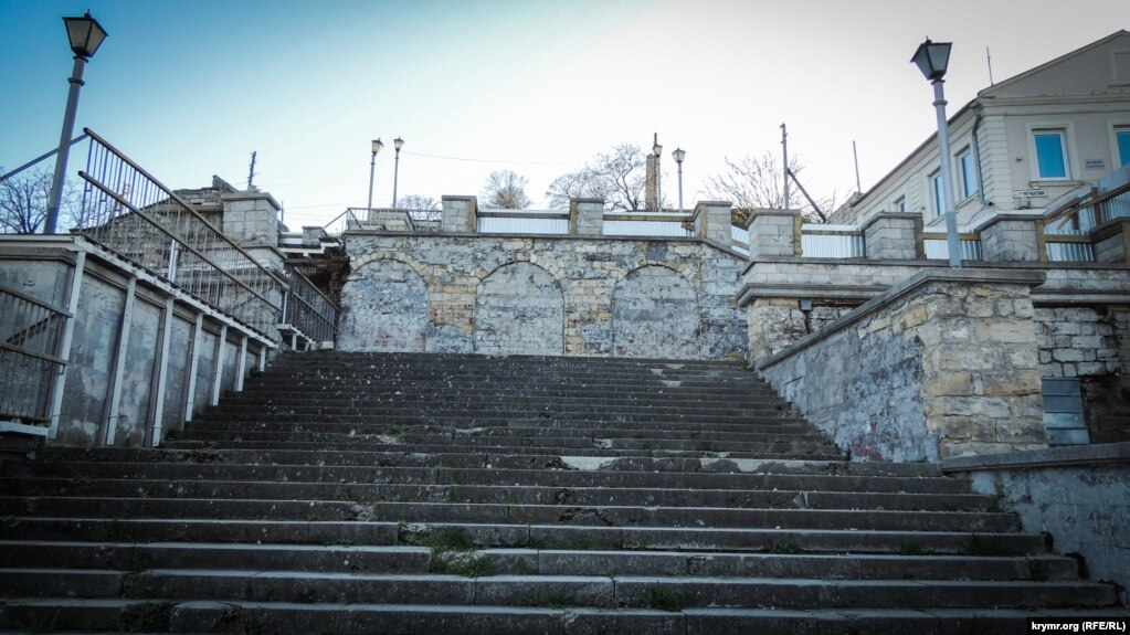 Картинки по запросу Большой и Малой Митридатских лестниц реставрация