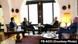 ملاقات رئیس هیئت عامل اتاق تجارت و سرمایه گذاری با اولیگ ایوانوف سفیر بلاروس در افغانستان