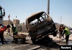 На місці вибуху в Аль-Басрі, 29 липня 2013 року