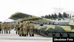 Продукція «Укроборонпрому» для воїнів АТО, архівне фото