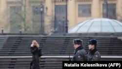 Полиция на Манежной площади в Москве