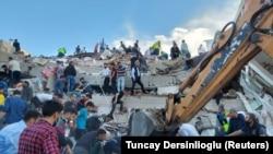 Измирдә җир тетрәүдән соң