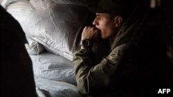 Український військовий на позиціях в Опитному (архівне фото)
