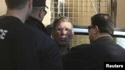 Підозрюваний у викраденні літака, затриманий поліцією, Ларнака, 30 березня 2016 року