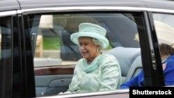 Ұлыбритания патшайымы ІІ Елизавета.
