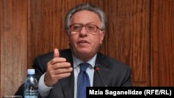 Председатель Венецианской комиссии Джанни Букиккио