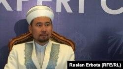 ҚМДБ төрағасының орынбасары Серікбай Ораз. Астана, 10 маусым 2016 жыл.