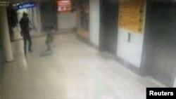 CCTV snimci sa aerodroma u Istanbulu, 28. juna 2016.