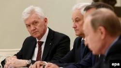 Oligarhul Ghenadi Timcenko a o întîlnire a președintelui rus Vladimir Putin cu oameni de afaceri francezi la Kremlin în mai 2016