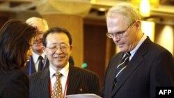 کریستوفر هیل نمایندگی آمریکا را در مذاکرات هسته ای کره شمالی به عهده داشت.