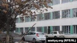 Здание школы. Иллюстративное фото.