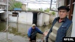 Из-за разлива реки Куры жители 20 сел Сабирабадского района Азербайджана эвакуированы и размещены в соседних селах