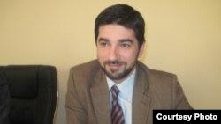 Едип Билал, аналитичар од Националниот демократски институт.